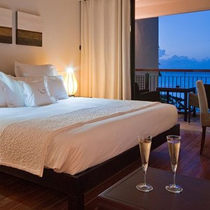 Le Cardinal - Mauritius Honeymoon Packages - bedroom