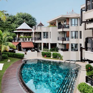Le Cardinal - Mauritius Honeymoon Packages - pool