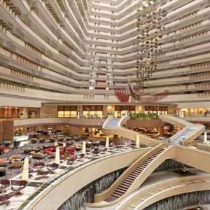 Marina Mandarin - Luxury Singapore Honeymoon Packages - Atrium Lounge