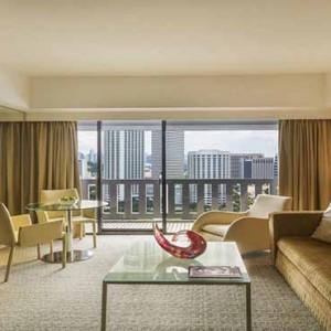 Marina Mandarin - Luxury Singapore Honeymoon Packages - Atrium suite
