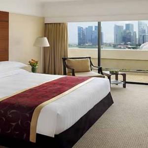 Marina Mandarin - Luxury Singapore Honeymoon Packages - Executive Deluxe Marina Bay View Room
