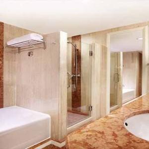 Marina Mandarin - Luxury Singapore Honeymoon Packages - Executive Deluxe room bathroom