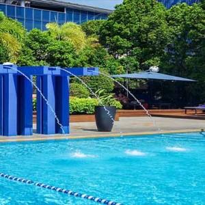 Marina Mandarin - Luxury Singapore Honeymoon Packages - Pool