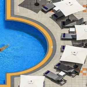 Marina Mandarin - Luxury Singapore Honeymoon Packages - Pool1