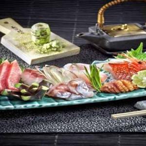Marina Mandarin - Luxury Singapore Honeymoon Packages - Sushi Jiro