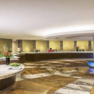 Marina Mandarin - Luxury Singapore Honeymoon Packages - lobby