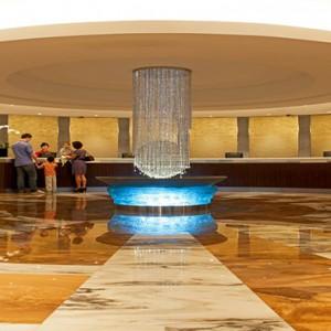 Marina Mandarin - Luxury Singapore Honeymoon Packages - lobby1