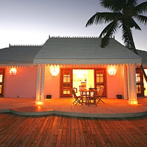Pink Sands - Bahamas Honeymoon Packages - beach house