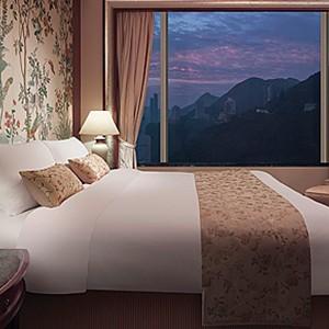 Shangri-La Island Hong Kong - Honeymoon - room