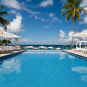 The Body Holiday - infinity pool