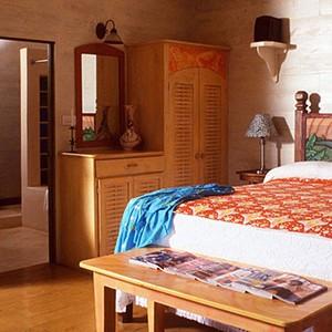 The Caves - Jamaica Honeymoon Packages - bedroom 2
