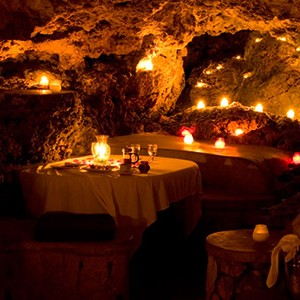 The Caves - Jamaica Honeymoon Packages - caves
