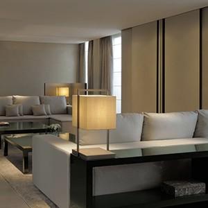 Armani Milano - room lounge