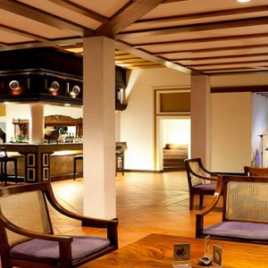 Cinnamon Lodge Habarana - Luxury Sri Lanka Honeymoon Package - Bar