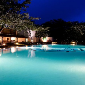 Sri Lanka Honeymoon Package - Cinnamon Lodge Habarana - pool at night