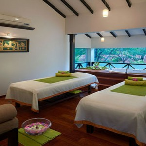 Cinnamon Lodge Habarana - Luxury Sri Lanka Honeymoon Package - spa treatment room
