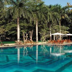 Sri Lanka Honeymoon Package - Cinnamon Lodge Habarana - swimming pool1