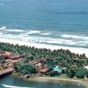 Club Bentota - Sri Lanka Honeymoon Packages - beach