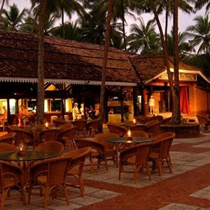 Club Bentota - Sri Lanka Honeymoon Packages - dining