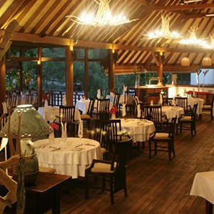 Denis Private Island - Seychelles Honeymoon Packages - dining