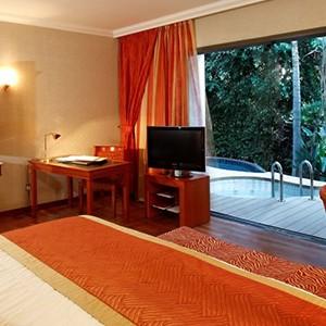 Four Seasons Limassol - Luxury holidays cyprus - pool suite