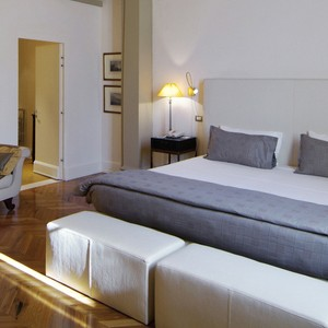 Grand Hotel Baglioni Florence - Italy Honeymoon Packages - bedroom