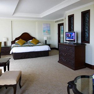 Jebel Ali - Dubai Honeymoon Packages - bedroom