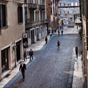Palazzo Victoria - Italy honeymoon packages - street