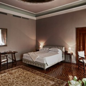Palazzo Victoria - Italy honeymoon packages - suite