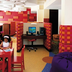 Shangri-La Barr Al Jissah - kids club