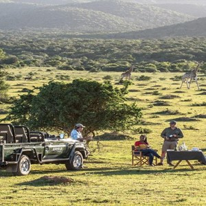 Kariega Game Reserve - Luxury South Africa Honeymoon Packages - Picnic in the wild