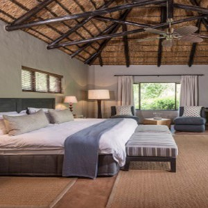 Kariega Game Reserve - Luxury South Africa Honeymoon Packages - River lodge interior