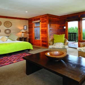 Kariega Game Reserve - Luxury South Africa Honeymoon Packages - Uzokhi Lodge interior