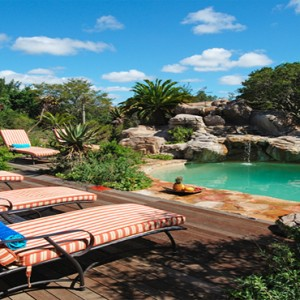 Kariega Game Reserve - Luxury South Africa Honeymoon Packages - Uzokhi Lodge pool1