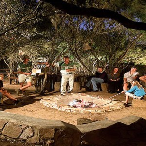 Kariega Game Reserve - Luxury South Africa Honeymoon Packages - fire picnic