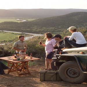 Kariega Game Reserve - Luxury South Africa Honeymoon Packages - picnic