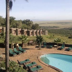 Mara Serena Lodge - Kenya Safari Honeymoon - pool