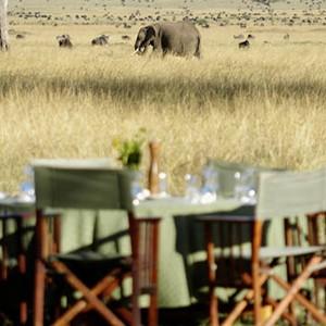 Governors Main Campt - Kenya Honeymoon Packages - safari dining