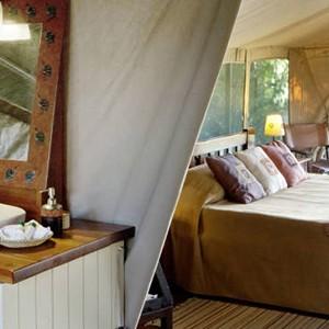 Governors Main Campt - Kenya Honeymoon Packages - tent