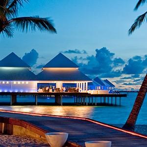 Maldives honeymoon packages - Diamonds Thudufushi - sunset