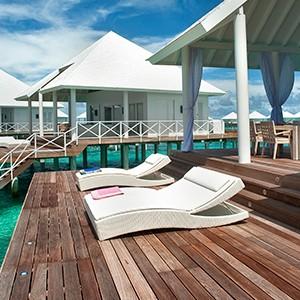 Maldives honeymoon packages - Diamonds Thudufushi - water terrace