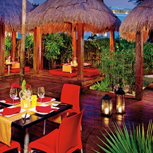 Dreams Riviera Cancun Resort & Spa - Mexico Honeymoon packages- resturant