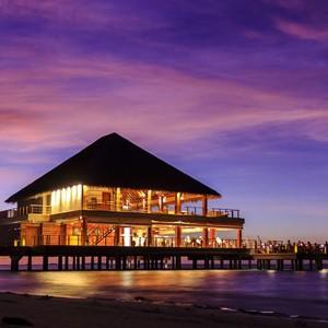 honeymoon packages - Maldives - Dusit Thani - Sunset