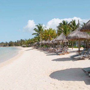 Luxury Holidays - Mauritius Honeymoon - Heritage Le Telfair Golf Resort - beach walk