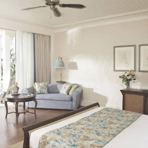 Luxury Holidays - Mauritius Honeymoon - Heritage Le Telfair Golf Resort - bedroom