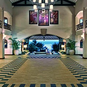 Maritm resort - Mauritius - honeymoon packages - hotel lobby