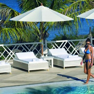 Maritm resort - Mauritius - honeymoon packages - pool side