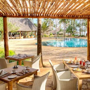 Luxury Zanzibar Holiday Packages Bluebay Beach Resort And Spa Dining