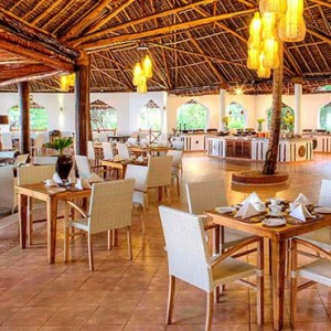 Luxury Zanzibar Holiday Packages Bluebay Beach Resort And Spa Dining 2