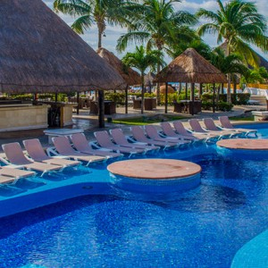 moon palace golf and spa resort - mexico honeymoon packages - swim up bar